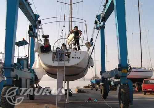 Beneteau to Fremantle, Australia